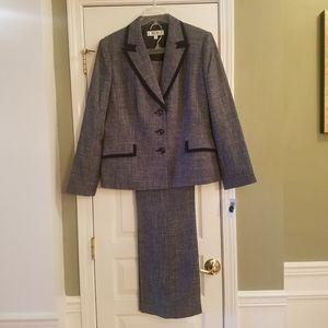 Dressbarn Jones Studio Blue Tweed Pant Suit